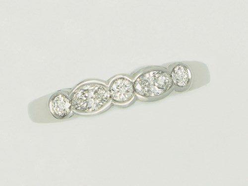 Ladies-Wedding-Rings-1411845